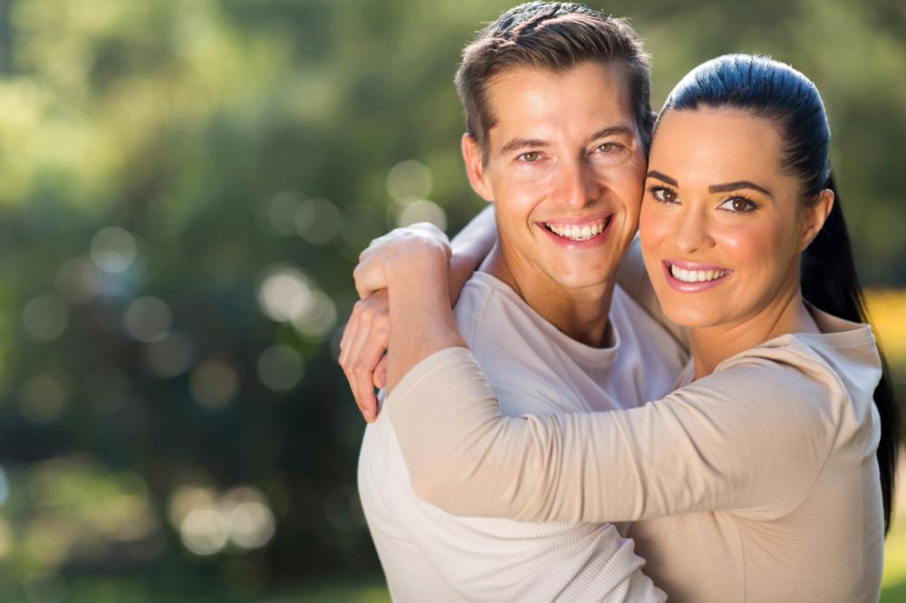 smiling couple | Dentist in Prairieville LA | Palm Family Dentistry